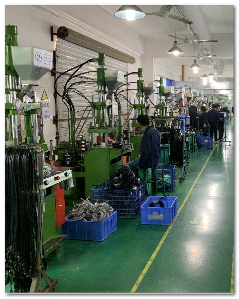 直立式注塑機/Vertical Injection Molding Machine
